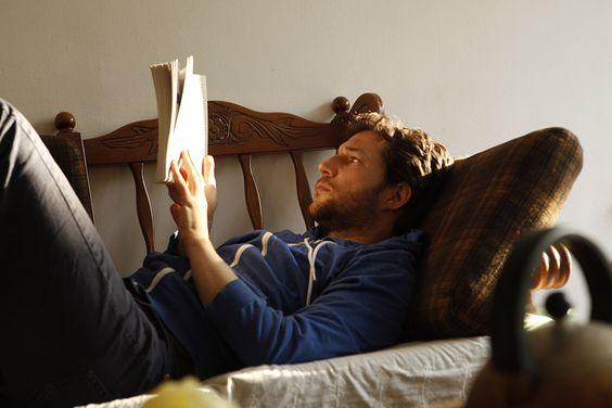 Đọc sách giúp bạn giảm căng thẳng