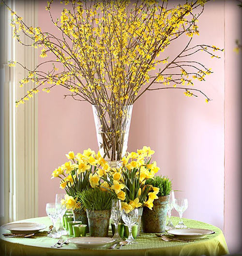 Hoa mai là một loài hoa Tết phổ biến