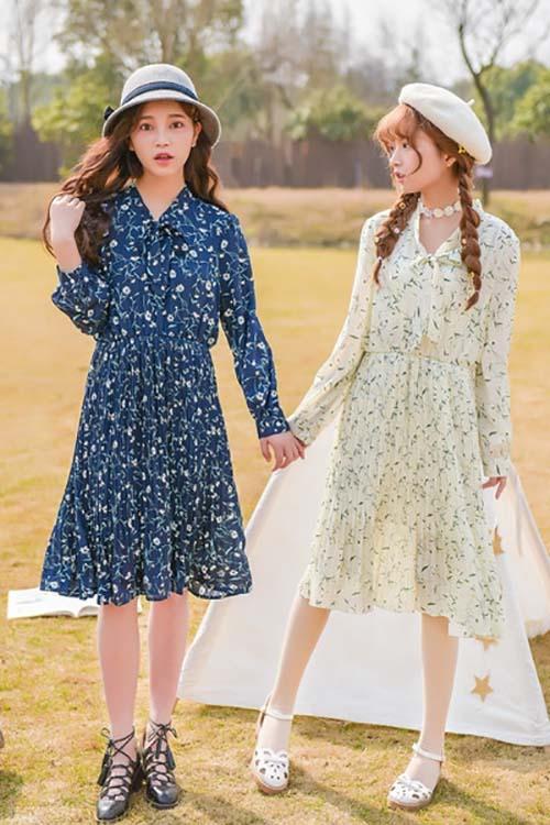 Những mẫu váy hoa nhí nhẹ nhàng là lựa chọn chọn với cho các này trong mùa thu năm nay
