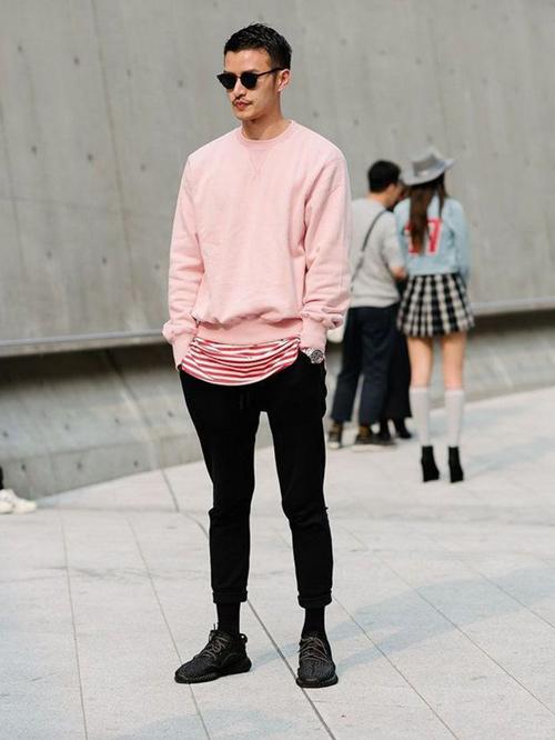 mẫu áo dài tay oversize màu hồng